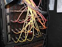 How do Alesis HD24 folk monitor their recorder??-r.y.g.-splitter-rack.jpg