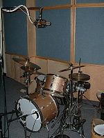 Micing a Jazz Kit-earl-tracking-session-001-small.jpg