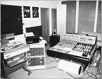 Vintage DAW Museum :~)>-neve-mastering-console.jpg