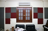 Help to treat my room !!!-rear-wall-infront-speakers.jpg
