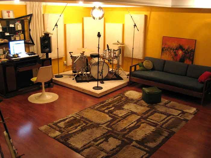 New basement studio construction floor materials for Music room in house