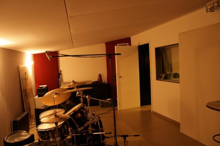 liven up my live room gearslutz