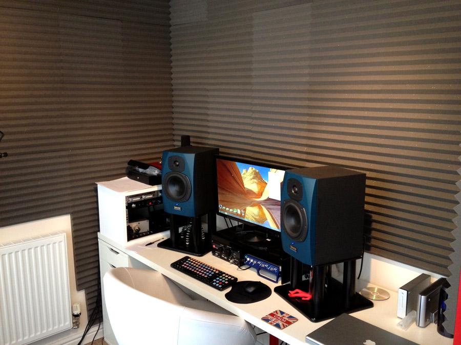 Small project studio room pics attached gearslutz pro audio community - Small space studio set ...
