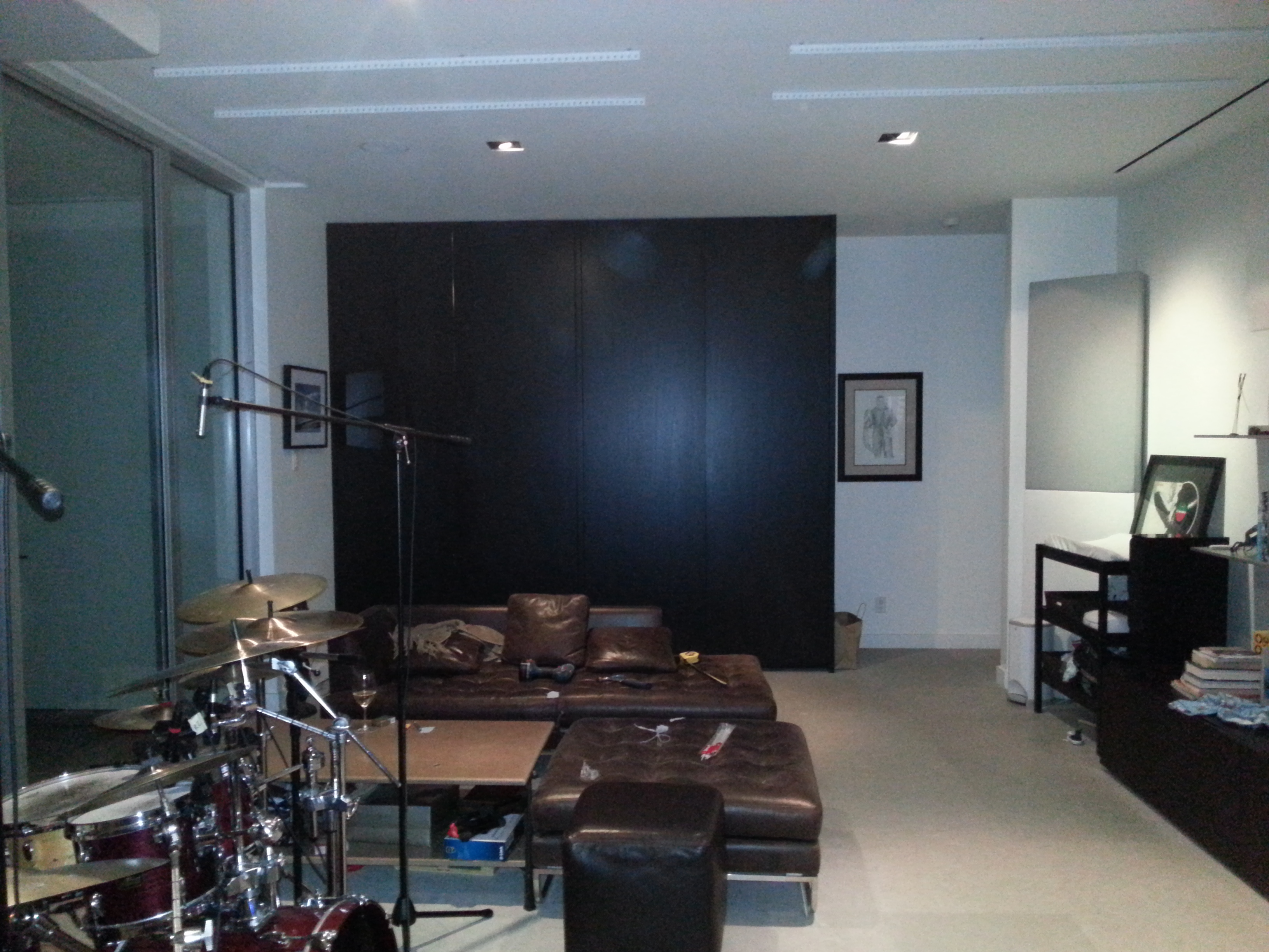 Need feedback on medium sized home studio dims pics for Studio partition