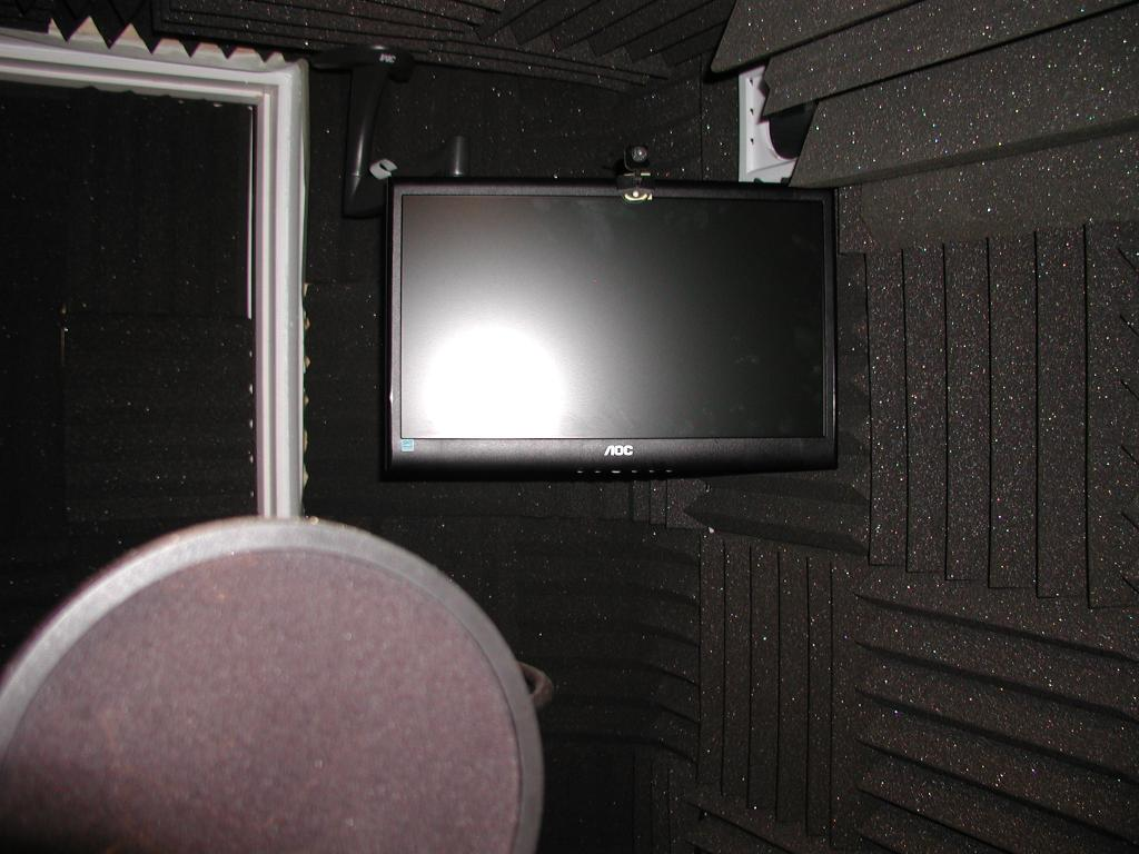 how to build isolation booth