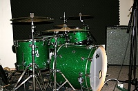 Ludwig Classic Maple vs. DW Collector's Maple- Studio Review-dw-green-sparkle.jpg