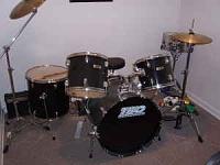 worst drum setup-3n33o13lb5o75q65t49bafafbfbd0a75a1841.jpg