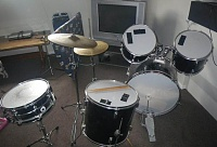 worst drum setup-110637295_full.jpg