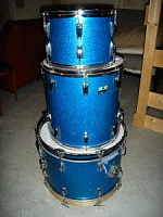 can you identify these drums for me?-bluesparkle.jpg
