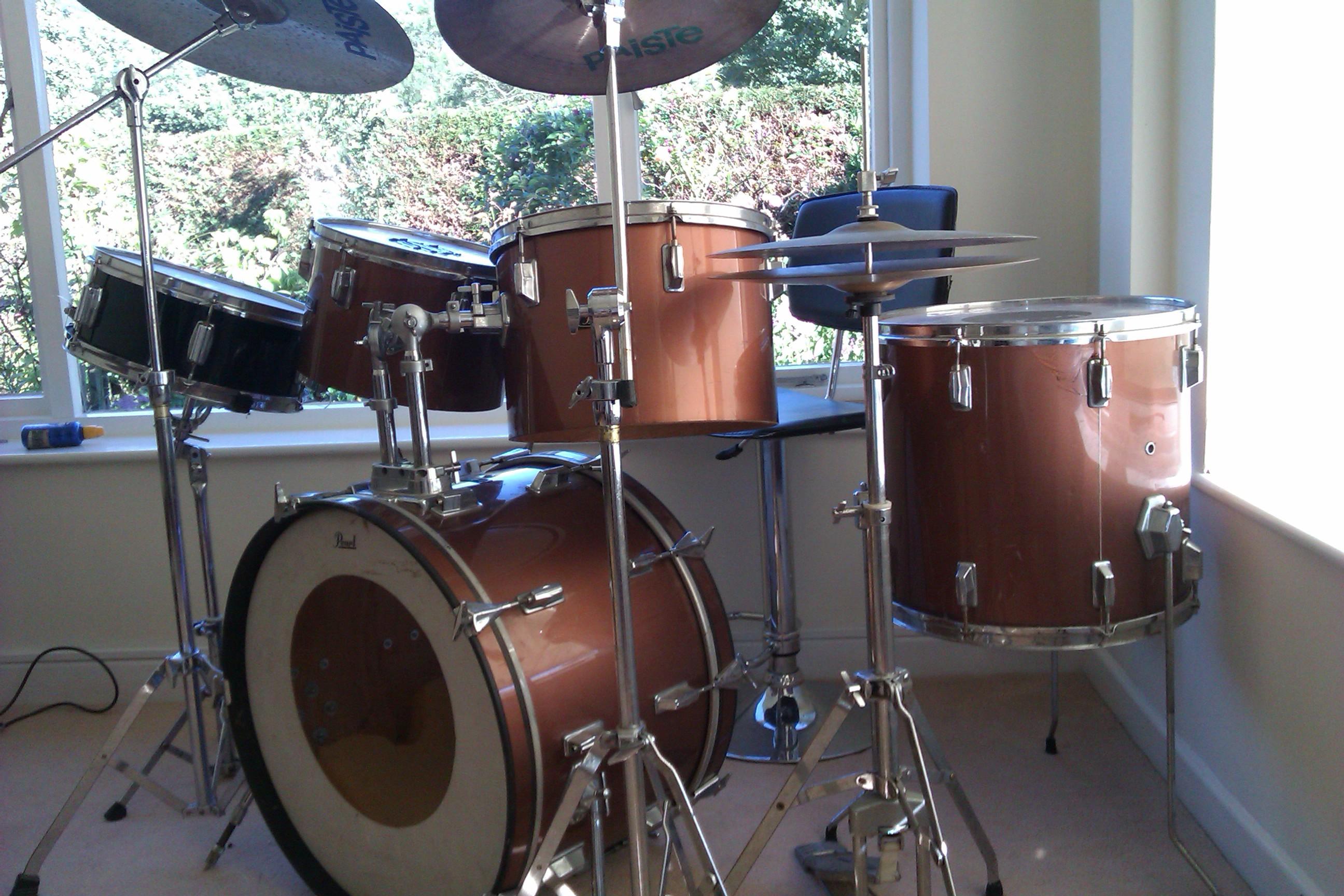 Help Me Identify My Old Pearl Drum Kit! Please!