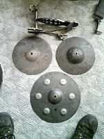 need help identifying old set of drums-560a0914.jpg