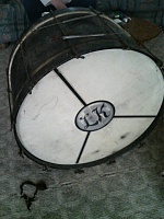 need help identifying old set of drums-560a0917.jpg