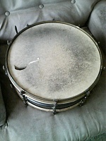 need help identifying old set of drums-560a0923.jpg