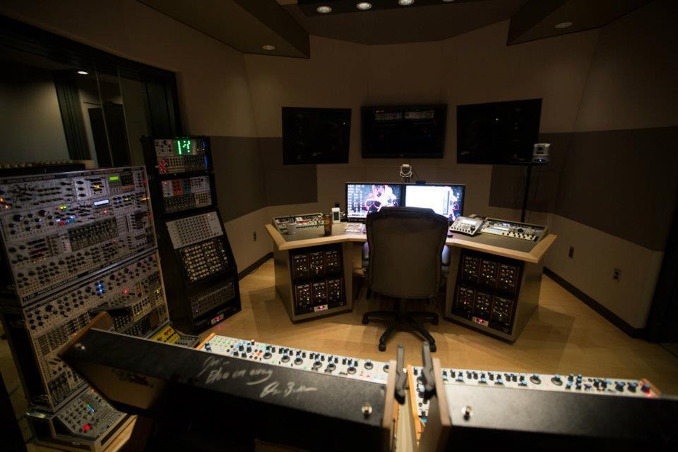 deadmau5 39 s studio build photos gearslutz pro audio community. Black Bedroom Furniture Sets. Home Design Ideas
