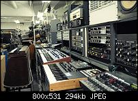 5G Tokyo. Synth Porn Super-Store!! Check it out..-8372611609_47aea7e678_c.jpg