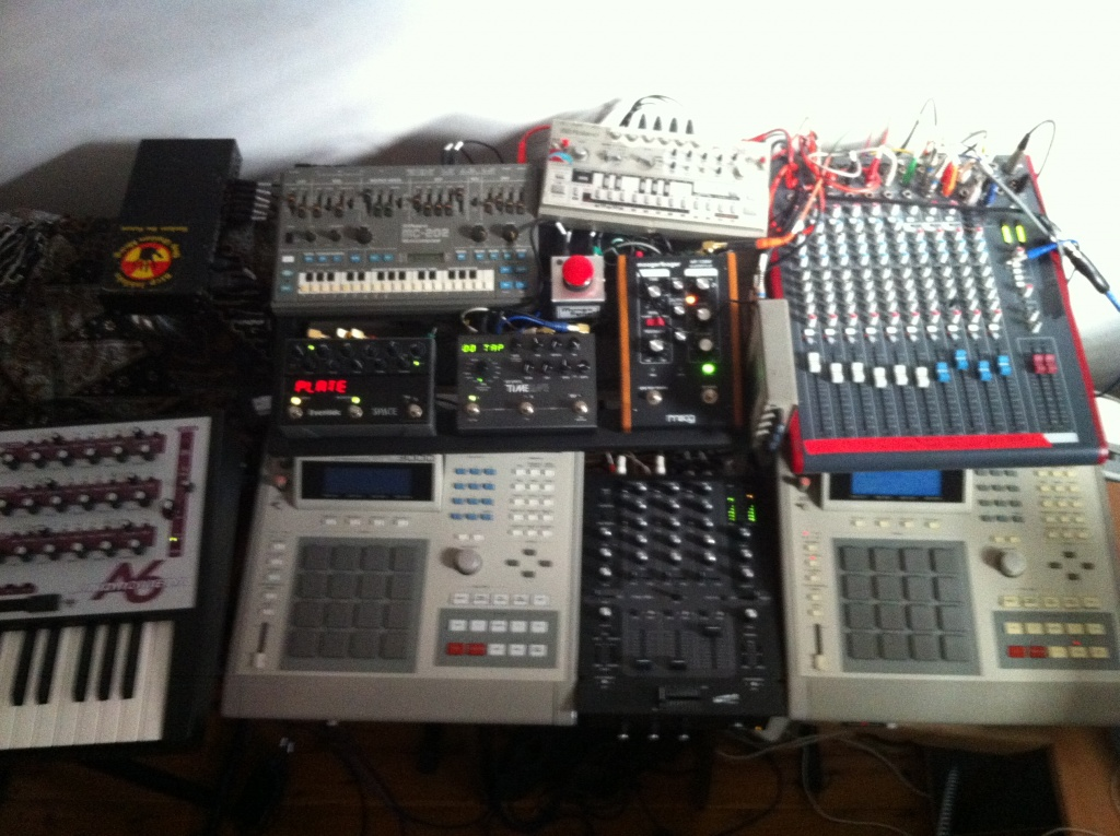 Playing live as an electronic musician - what do you do ...