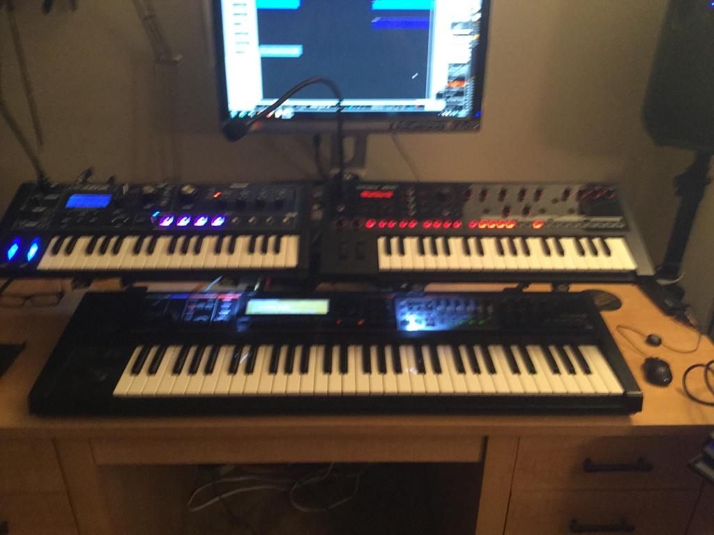 Desktop Small Keyboard Stand Image 9668 0