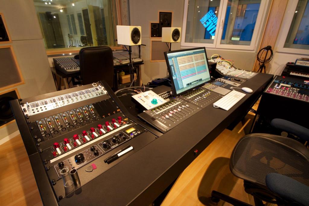 music studio audio techno - photo #7