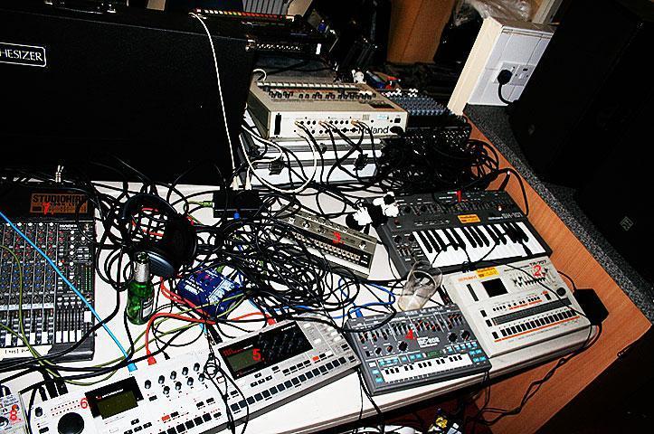 John frusciante 39 s acid page 2 gearslutz pro audio for Acid electronic music