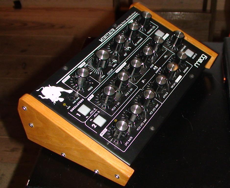 Moog Minitaur: The ****tiest Synth ever? - Page 2 - Gearslutz
