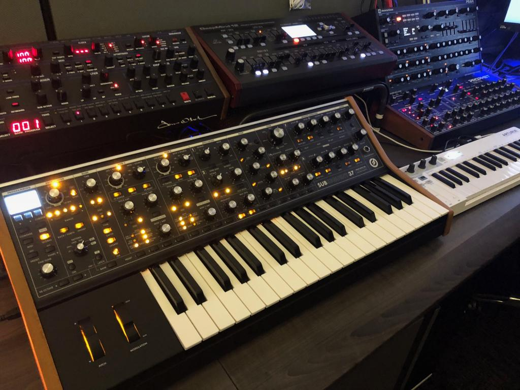 Got to play a Moog Subsequent 37 last week - Gearslutz