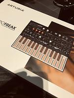 Arturia Microfreak Experimental Hybrid Synthesizer-dfa2ad61-eb21-4bb5-a367-7abe0633e734.jpg