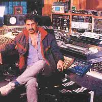 Let's talk delay - Outboard or Pedals only!-zappa-u.m.r.k.-utility-muffin-research-kitchen-_07.jpg