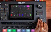 MPC live-akai-force-playk-1024x638.jpg