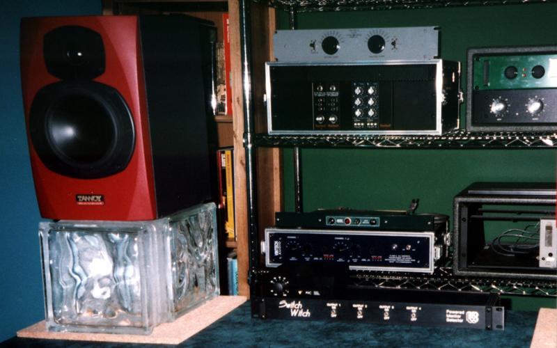 diy desk top speaker stands gearslutz pro audio community. Black Bedroom Furniture Sets. Home Design Ideas