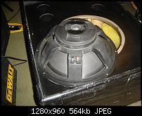"Need help identifying this 18"" woofer-dsc00010.jpg"