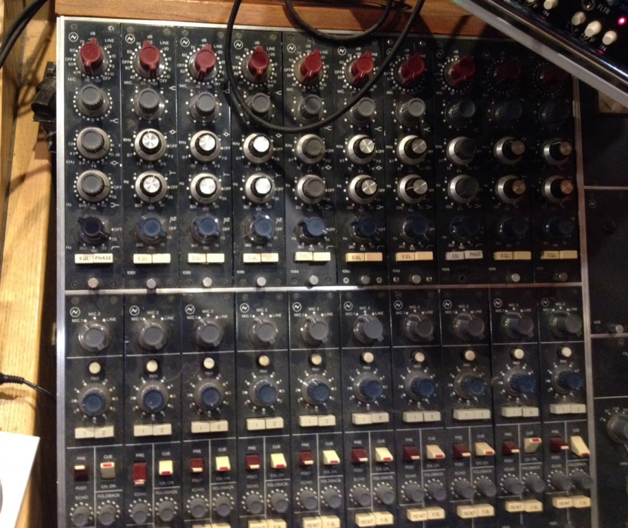 how to use a neve 1073
