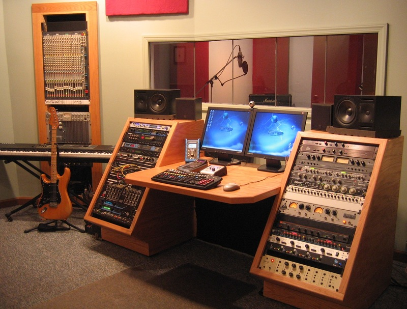 Post pics of your home studios - Home studio ...