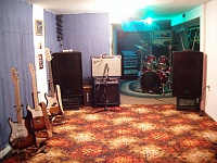 Post pics of your home studios!-castanet-011.jpg
