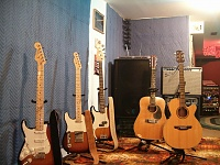 Post pics of your home studios!-picture-041.jpg