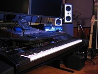 Post pics of your home studios!-rd700gx-side-640x480.jpg