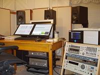 5.1 surround setup?-studio-pix-001.jpg