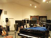 One Room studio setups (NOT bedrooms!)-bigroom1.jpg