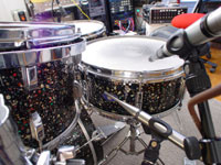Pictures Of Mic'ed Up Drum Kits In The Studio-w-rcw-snare.jpg