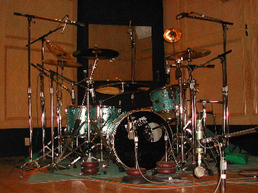 Pictures Of Mic'ed Up Drum Kits In The Studio - Gearslutz