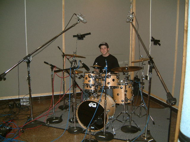 pictures of mic 39 ed up drum kits in the studio gearslutz pro audio community. Black Bedroom Furniture Sets. Home Design Ideas