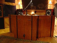 Pictures Of Mic'ed Up Drum Kits In The Studio-dsc04141.jpg
