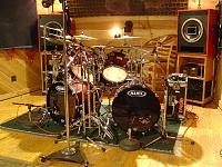 Pictures Of Mic'ed Up Drum Kits In The Studio-dsc04147.jpg