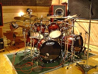 Pictures Of Mic'ed Up Drum Kits In The Studio-dsc04148.jpg
