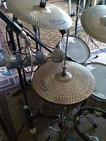 Pictures Of Mic'ed Up Drum Kits In The Studio-moto_0007.jpg