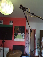 Pictures Of Mic'ed Up Drum Kits In The Studio-moto_0011.jpg
