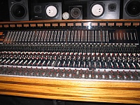 What would an original working Trident A series console go for? Where are they left?-107_0723.jpg
