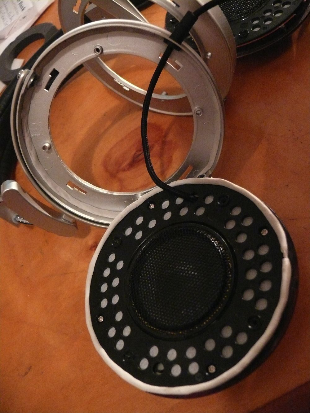 Repairing headphones? 152072d1263011203-sennheiser-hd650-alternative-6-small