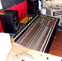 Soundcraft Series 1600 Analog Console???-soundcraft1600.jpg