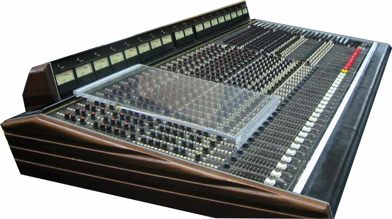 soundcraft series 1600 analog console gearslutz pro audio community. Black Bedroom Furniture Sets. Home Design Ideas