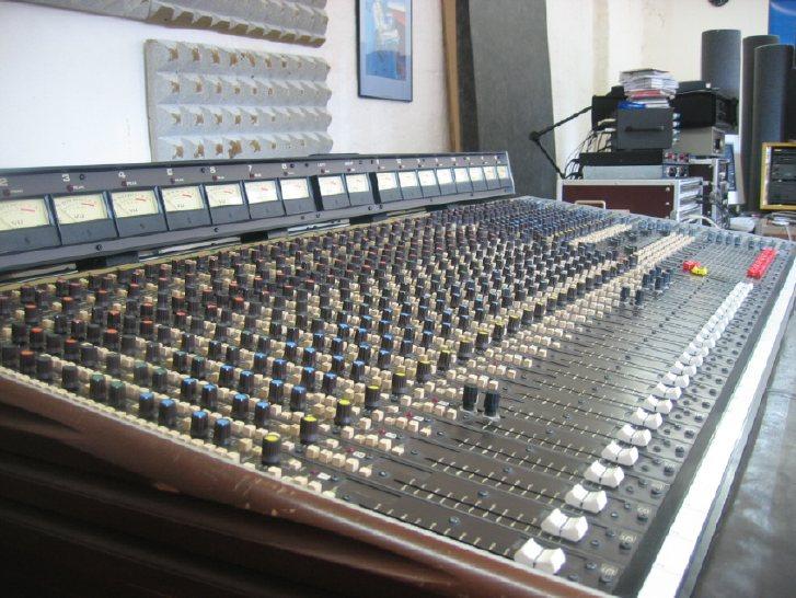 Soundcraft Series 1600 Analog Console??? - Gearslutz.com
